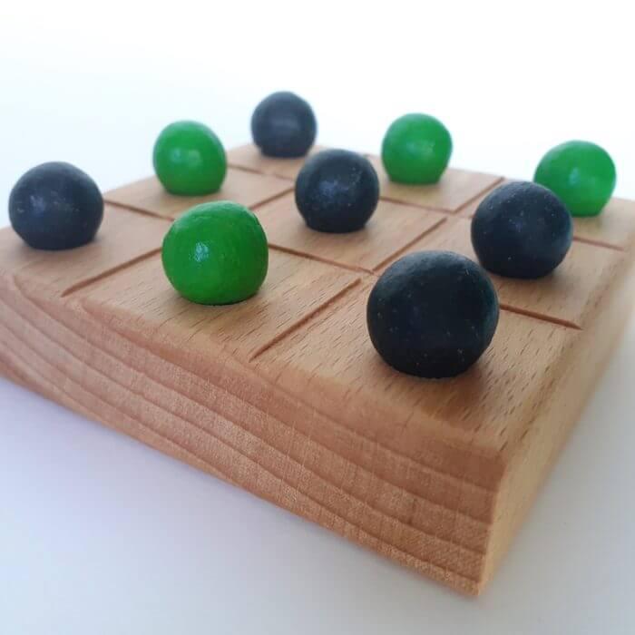 morpion vert jeux en bois