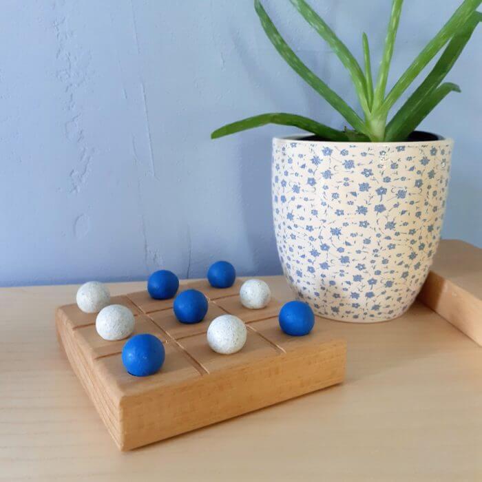 morpion bleu jeux en bois